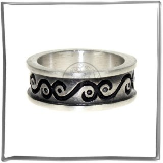 Massiver Ring mit *MODERN DESIGN* (VI)