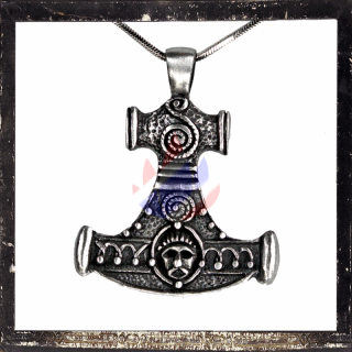 Thor´s Hammer with celtic ornaments (I)